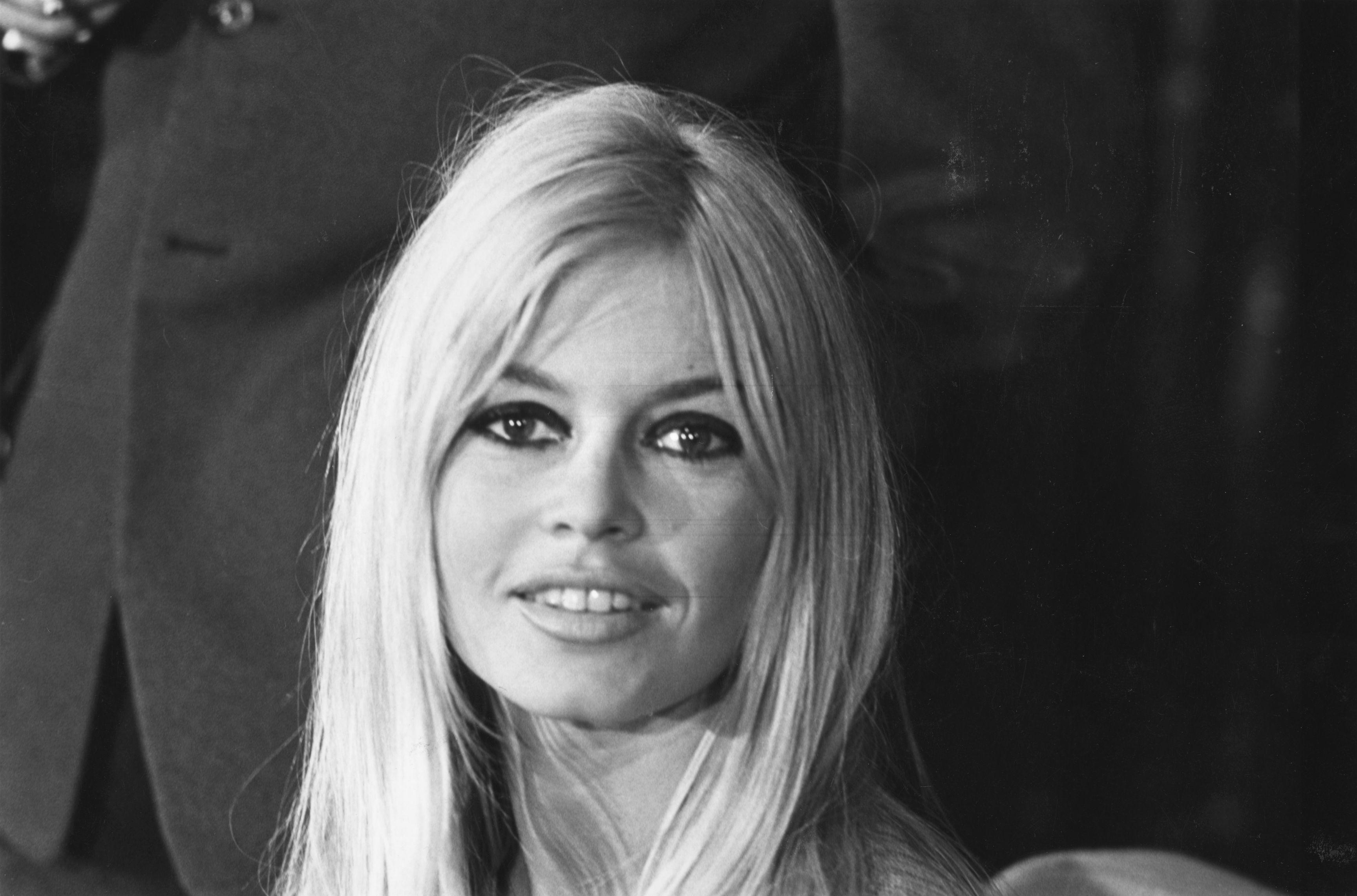 Brigitte Bardot - Biographie, discographie et fiche artiste – RFI Musique 1554d021dd5